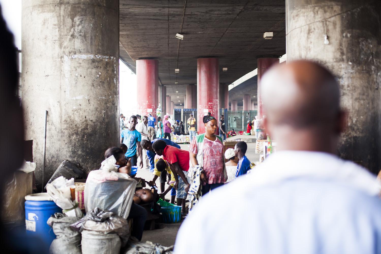 Lagos - Oshodi bus terminal - (c) Mirjam van den Berg